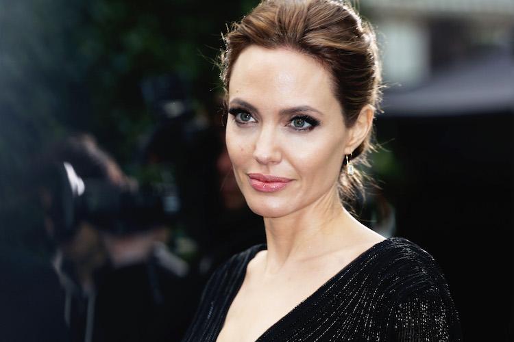 Анджелина Джоли стала профессором Лондонской школы экономики